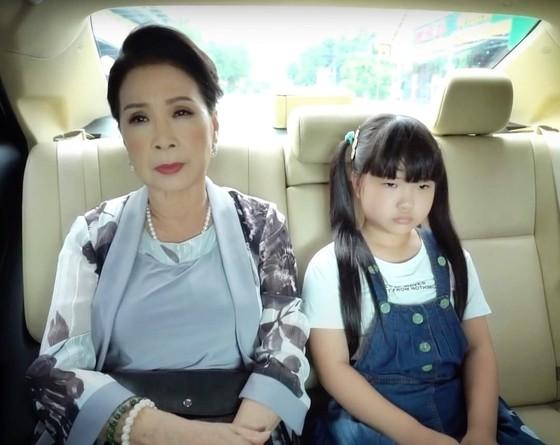 NSND Kim Xuân đánh dấu sự trở lại với 'Công chúa nhỏ của nội' ảnh 1