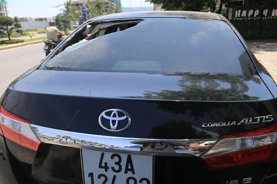 Đà Nẵng: Nhiều ô tô bị đập phá trong đêm ảnh 3