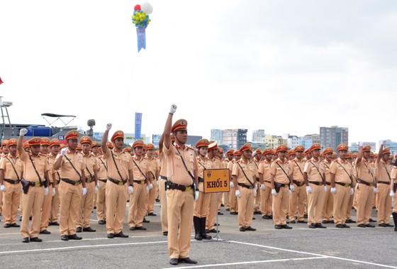 Lực lượng CSGT ra quân đảm bảo trật tự ATGT tại Tuần lễ cấp cao APEC  ảnh 1