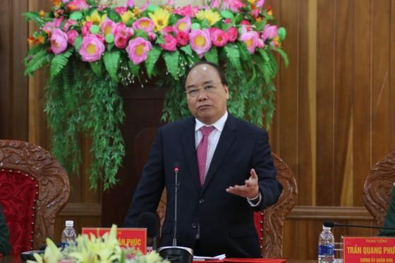 Thủ tướng Nguyễn Xuân Phúc thăm, chúc Tết Bộ Tư lệnh Quân khu V ảnh 3