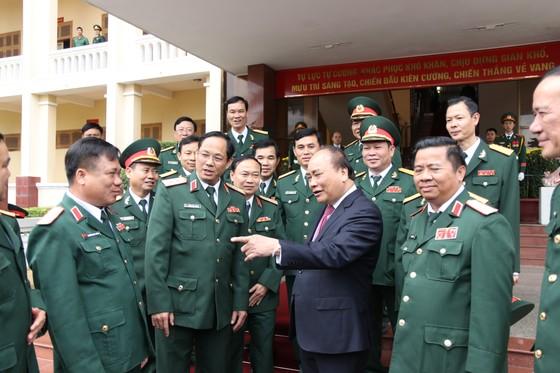Thủ tướng Nguyễn Xuân Phúc thăm, chúc Tết Bộ Tư lệnh Quân khu V ảnh 2