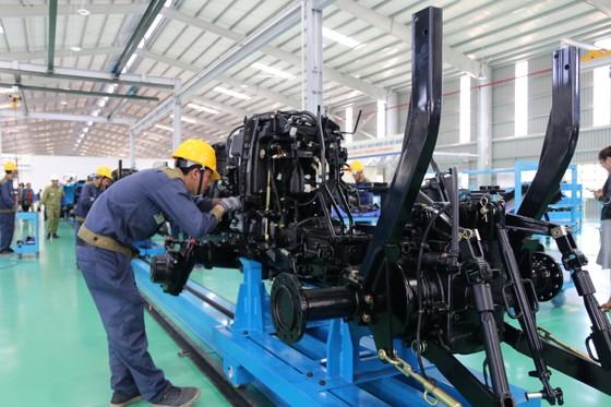 Quảng Nam đưa vào hoạt động nhà máy sản xuất máy nông nghiệp lớn và hiện đại nhất nước  ảnh 2