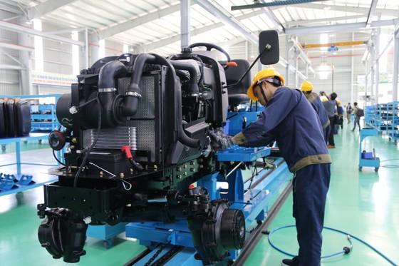 Quảng Nam đưa vào hoạt động nhà máy sản xuất máy nông nghiệp lớn và hiện đại nhất nước  ảnh 6