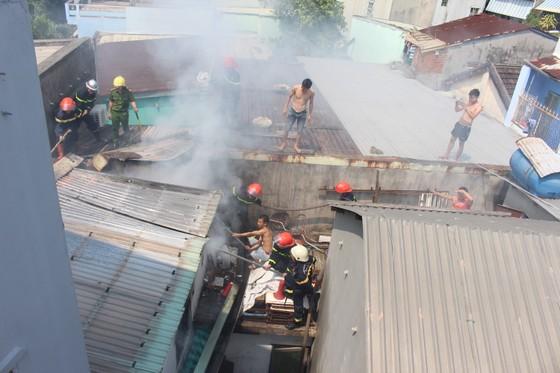 Kịp thời dập tắt đám cháy ở ngôi nhà vắng chủ  ảnh 1