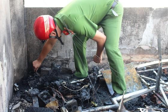 Đà Nẵng: Cháy kho hàng tại công ty thiết bị số  ảnh 1