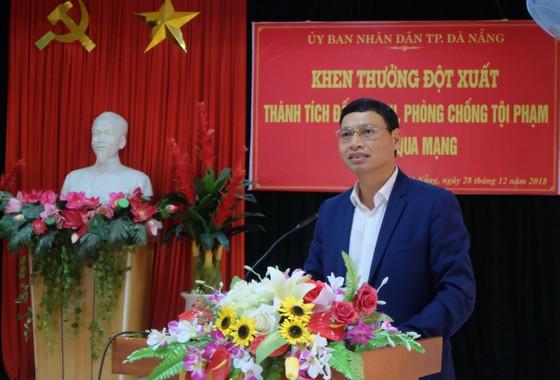Đà Nẵng khen thưởng ban chuyên án triệt phá đường dây người Trung Quốc tổ chức đánh bạc qua mạng ảnh 1
