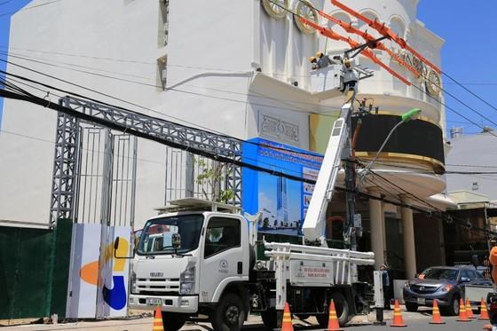 Đảm bảo cung cấp điện phục vụ nhân dân miền Trung - Tây nguyên trong dịp tết ảnh 1
