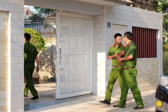 Khởi tố, khám xét nhà của nguyên Giám đốc và Phó Giám đốc Sở Tài chính TP Đà Nẵng  ảnh 3