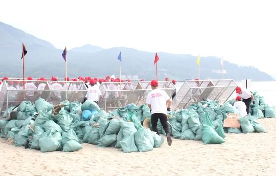 """800 người tham gia """"Giải cứu đại dương"""" tại Đà Nẵng ảnh 6"""