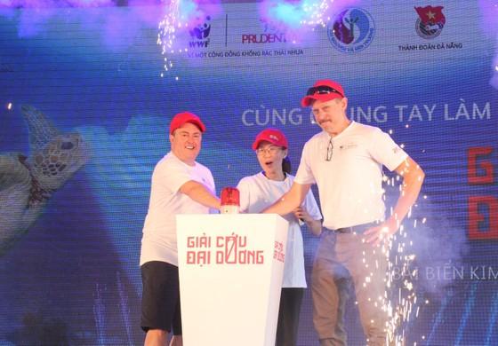 """800 người tham gia """"Giải cứu đại dương"""" tại Đà Nẵng ảnh 2"""