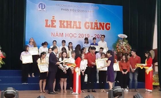 Đại học Nội vụ Hà Nội phân hiệu Quảng Nam khai giảng năm học mới ảnh 1