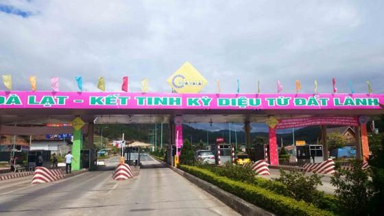 Xả trạm BOT phục vụ miễn phí người dân, du khách dự Festival Hoa Đà Lạt ảnh 2