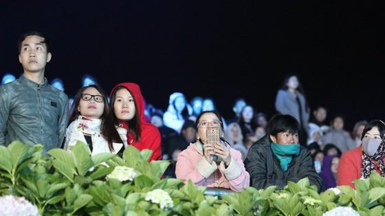 Đêm khai mạc Festival Hoa Đà Lạt đầy sắc màu ảnh 16