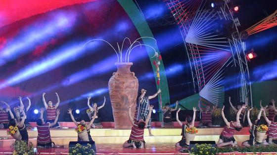 Đêm khai mạc Festival Hoa Đà Lạt đầy sắc màu ảnh 3