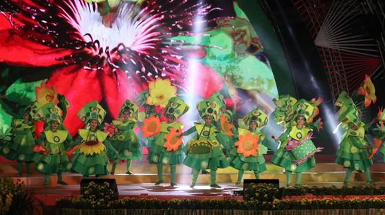 Đêm khai mạc Festival Hoa Đà Lạt đầy sắc màu ảnh 9