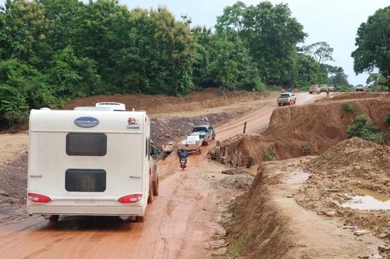 PV Báo SGGP ghi nhận tình hình cứu hộ người bị nạn vụ vỡ đập tại Lào ảnh 3