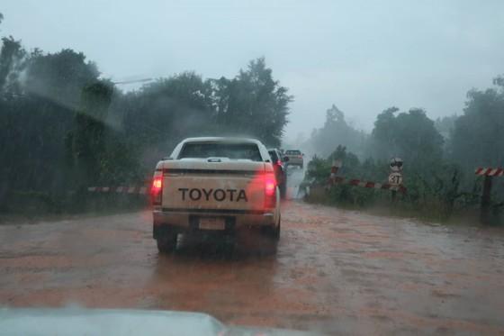 PV Báo SGGP ghi nhận tình hình cứu hộ người bị nạn vụ vỡ đập tại Lào ảnh 7