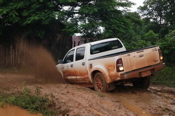 PV Báo SGGP ghi nhận tình hình cứu hộ người bị nạn vụ vỡ đập tại Lào ảnh 9