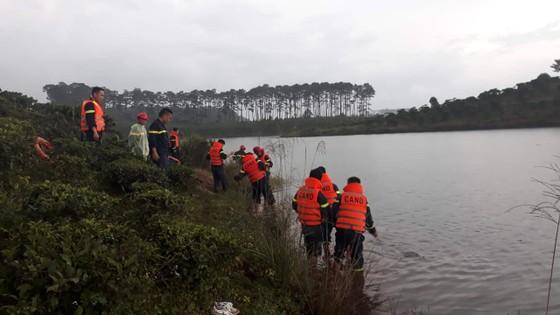 Tắm hồ Cai Bảng, một thanh niên bị đuối nước ảnh 1