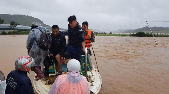 Mưa lũ làm hơn 1.350 căn nhà ở Lâm Đồng bị ngập ảnh 5