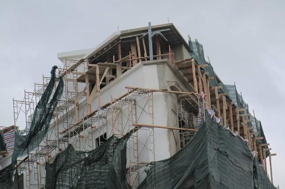 Buộc tháo dỡ 2 tầng khách sạn, xây sai phép hơn 1.200m2 giữa trung tâm Đà Lạt ảnh 2