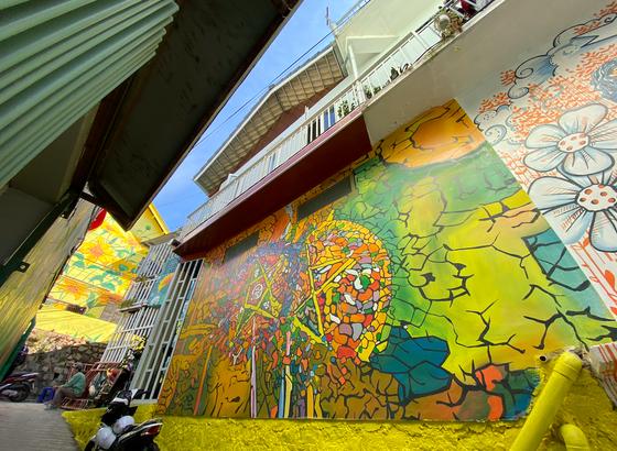 Phố nghệ thuật dốc nhà Làng – Đà Lạt thu hút du khách ảnh 14