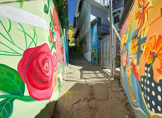 Phố nghệ thuật dốc nhà Làng – Đà Lạt thu hút du khách ảnh 11