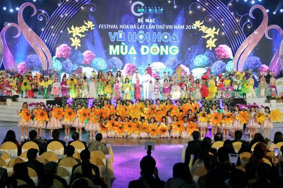 Đà Lạt đón hơn 220.000 lượt du khách dịp Festival hoa ảnh 2