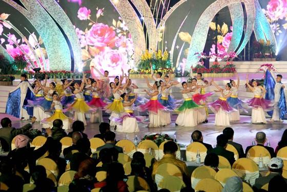 Đà Lạt đón hơn 220.000 lượt du khách dịp Festival hoa ảnh 1
