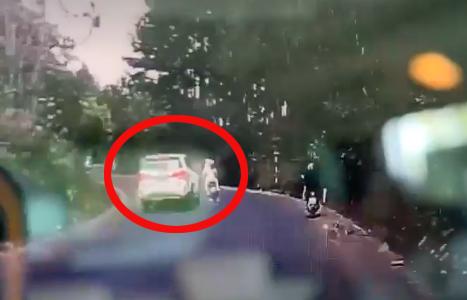 Tạm giữ nam thanh niên đi ô tô tông chết phụ nữ đang mang thai ảnh 1