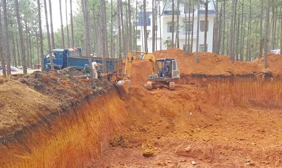 Tháo dỡ công trình xây dựng không phép trong khu nghỉ dưỡng ở hồ Tuyền Lâm – Đà Lạt ảnh 5
