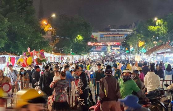 Lâm Đồng, Đồng Nai cho phép một số cơ sở kinh doanh dịch vụ hoạt động trở lại ảnh 1