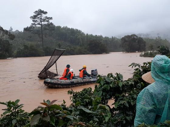 Hai du khách bị lũ cuốn mất tích khi khám phá Vườn quốc gia Bidoup - Núi Bà ảnh 1