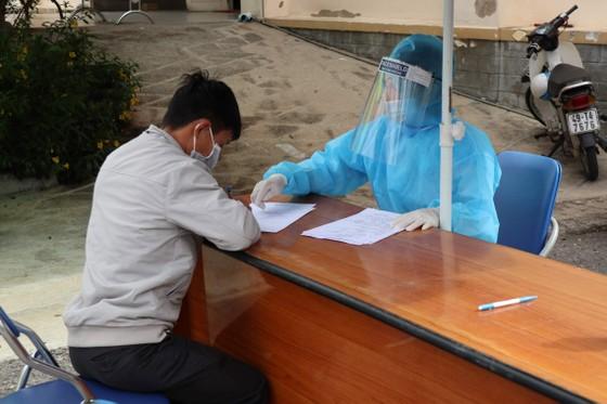 Trao tặng 2.000 bộ kit xét nghiệm SARS-CoV-2 cho tỉnh Lâm Đồng ảnh 2