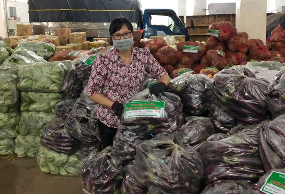 Lâm Đồng tiếp tục gửi 420 tấn rau, củ hỗ trợ các địa phương phòng, chống dịch ảnh 3