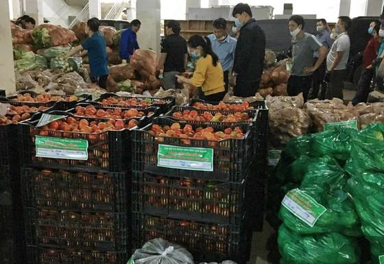 Lâm Đồng tiếp tục gửi 420 tấn rau, củ hỗ trợ các địa phương phòng, chống dịch ảnh 4