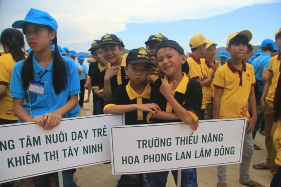 Ngày hội trẻ em khuyết tật trên đảo Hòn Tằm ảnh 1