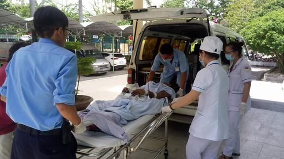 Vụ nổ bom 6 người chết tại Khánh Hòa: Do cưa đạn pháo nhặt từ rẫy.  ảnh 1