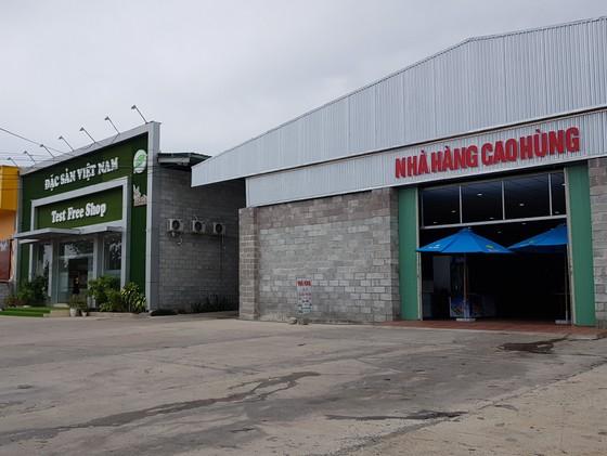 Các showroom đón khách Trung Quốc tại Nha Trang 'thách đố' chính quyền ảnh 5