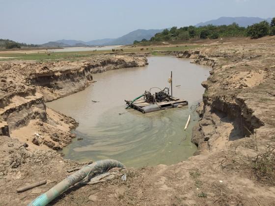 Phát hiện nhiều bất thường tại các doanh nghiệp khai thác khoáng sản ở Khánh Hòa ảnh 1