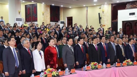 Khánh Hòa tập trung phát triển công nghiệp, du lịch chất lượng cao và kinh tế biển ảnh 1