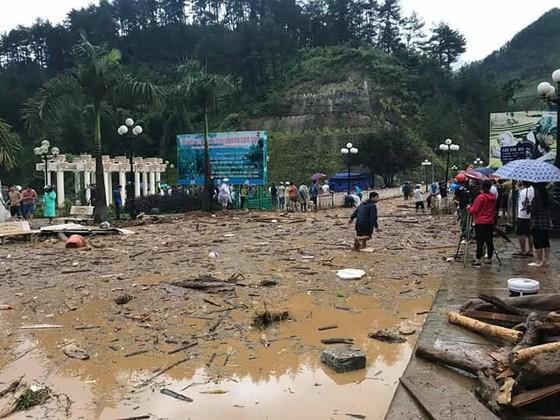 Ít nhất 20 người chết, mất tích do lũ quét ở các tỉnh phía Bắc  ảnh 14