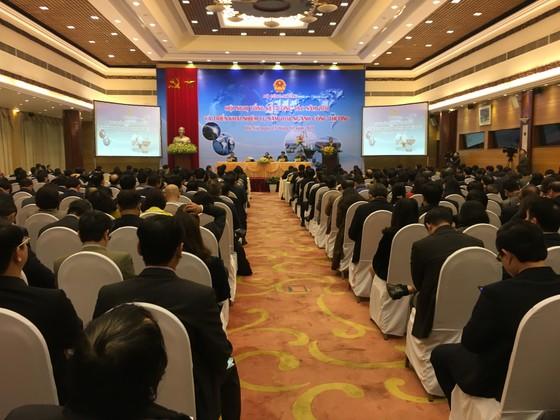 Lần đầu tiên Việt Nam thu 200 tỷ USD từ xuất khẩu ảnh 1