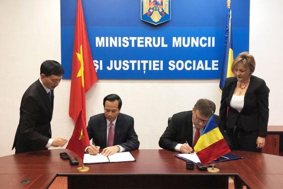Việt Nam sẽ đưa hàng chục vạn lao động sang Rumani làm việc, lương 600-1.200USD ảnh 1