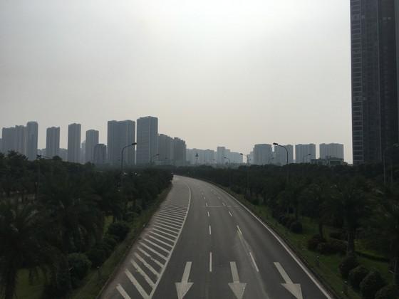 Hà Nội: Trời vẫn chưa mưa, không khí chưa sạch được ảnh 1