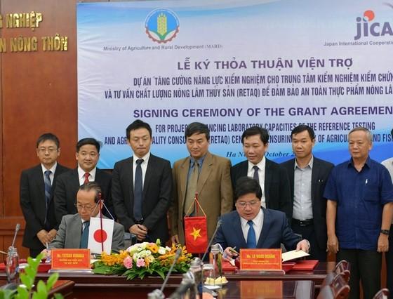 Nhật Bản viện trợ Việt Nam 10,9 triệu USD giám sát an toàn thực phẩm ảnh 1