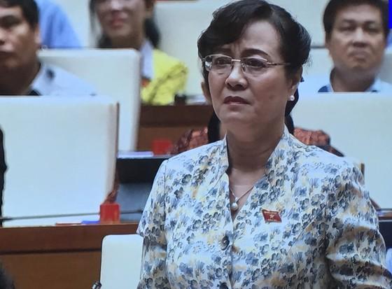 Đại biểu Nguyễn Thị Quyết Tâm lặng người, rớt nước mắt tại nghị trường Quốc hội ảnh 1