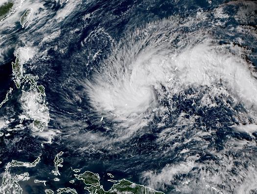 'Siêu bão' Kammuri tiến vào biển Đông sau khi càn quét Philippines ảnh 1