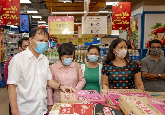 Thứ trưởng Đỗ Thắng Hải: Các siêu thị ăm ắp hàng, không lo thiếu ảnh 3