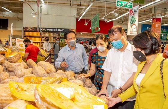 Thứ trưởng Đỗ Thắng Hải: Các siêu thị ăm ắp hàng, không lo thiếu ảnh 4
